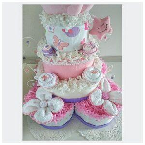 Четири етажна торта за бебе